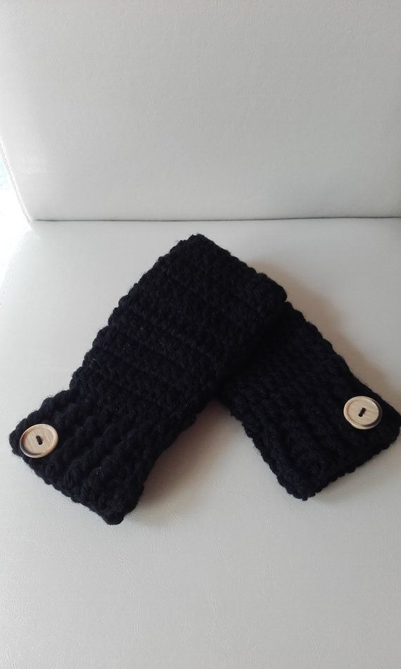 Check out this item in my Etsy shop https://www.etsy.com/uk/listing/456099920/hand-warmers-ladies-fingerless-gloves