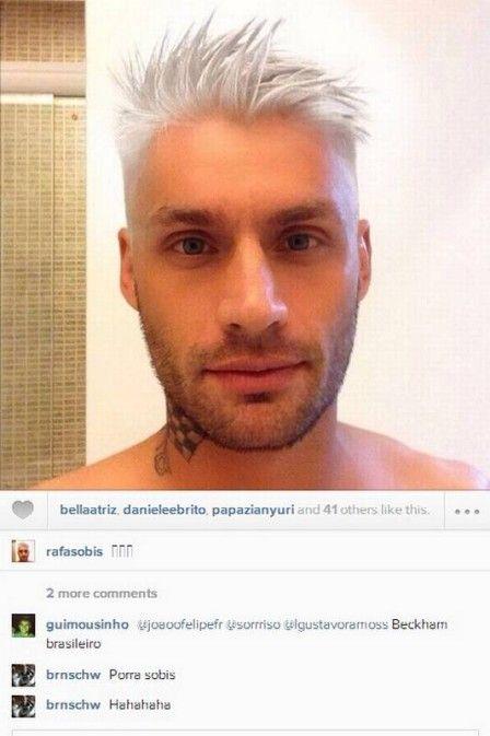 Fluminense: Rafael Sobis surge com o cabelo platinado, em rede social
