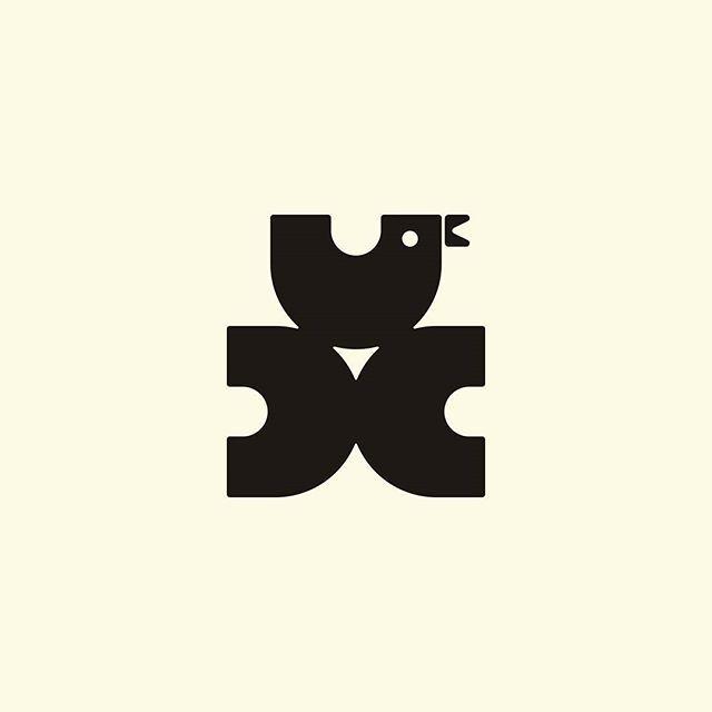 Souvenir Factory, Khalturin (today Orlov)    Designer: Unknown    Year: Unknown    Country: Russian SFSR    #logo #logos #logotype #logomark #brandmark  #trademark  #symbol #marque #sovietlogos #sovietlogo #ussr #soviet #socialist #logodesigner #logodesign #graphicdesign #logoinspiration #logoinapirations #learnlogo #goodlogo #logogram #learnlogo #minimallogo #modernist #lovelogo #loveform #designinspiration #logothorns #logolemon