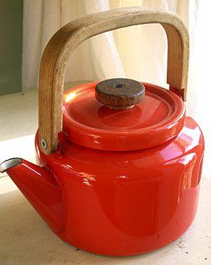 Red enamel teapot vintage. stylehive.com