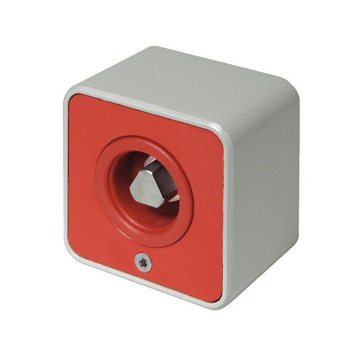 GEBA - Przełącznik natynkowy, dla trójkątnych kluczy pożarowych wg. DIN 3223 M10