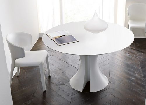 White Round Table With Drawer. See More. Immagine 563