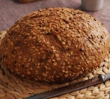 Bol tahıllı ekmek