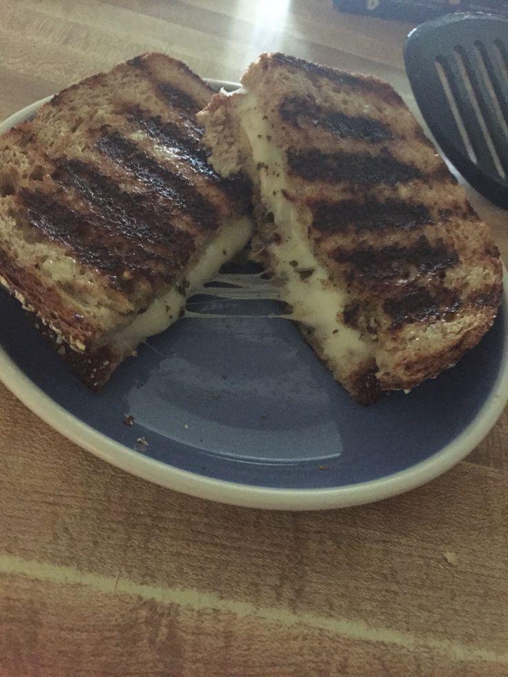 Pesto and Mozzarella Grilled Cheese
