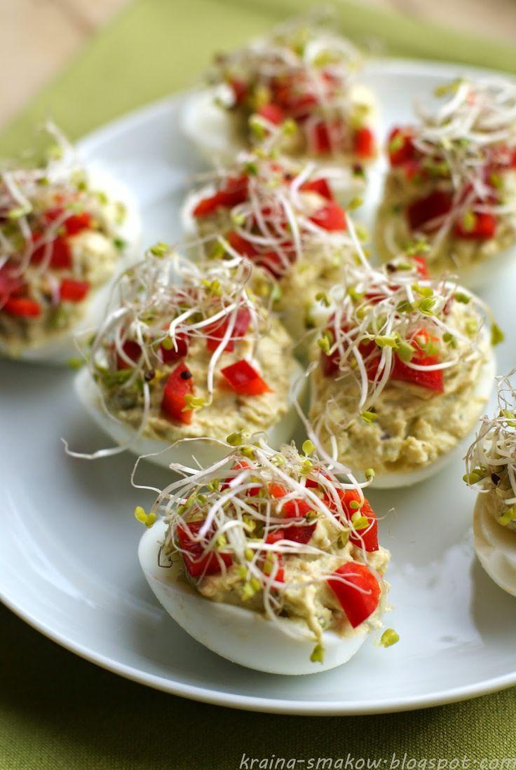 Яйца пълнени с авокадо