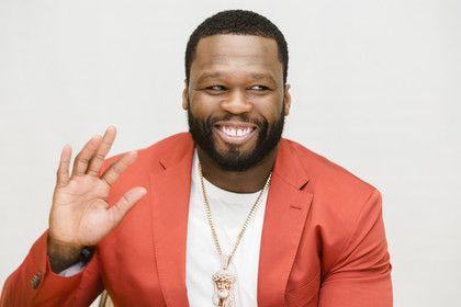 С рэпера 50 Cent сняли статус банкрота после уплаты 22 миллионов долларов http://mnogomerie.ru/2017/02/03/s-repera-50-cent-sniali-statys-bankrota-posle-yplaty-22-millionov-dollarov/  50 Cent В США закрыто дело о финансовой несостоятельности известного рэпера 50 Cent, и теперь он не считается банкротом. Об этом в четверг, 2 февраля, сообщает USA Today. Такое решение принял федеральный суд в городе Хартфорд, штат Коннектикут, после того, как музыкант заплатил кредиторам более 22 миллионов…