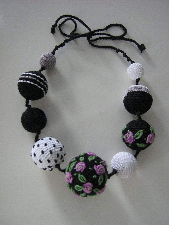Crochet necklace Monami by Suzann61 on Etsy