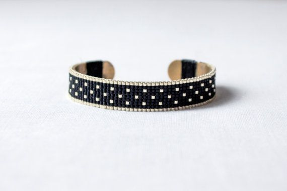 Bracelet Olia  tissage perle miyuki  noir et or par LouetFolk