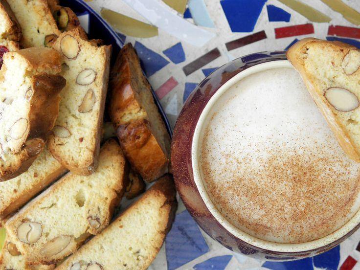 Biscotti+latte=love