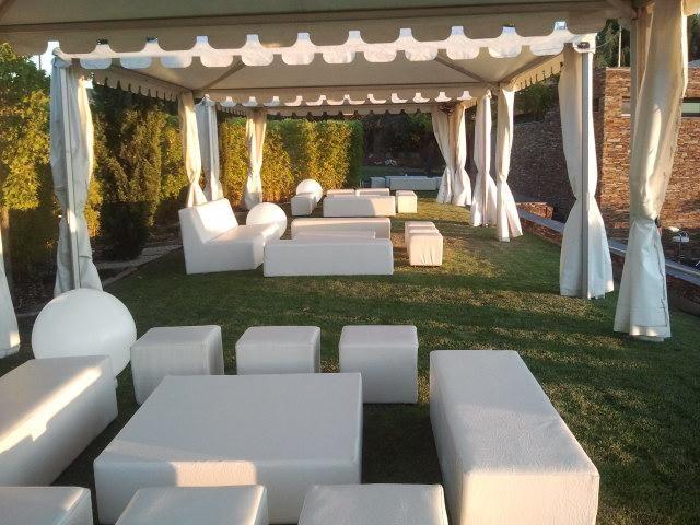 Best 25 mobiliario para fiestas ideas on pinterest - Espacio chill out ...