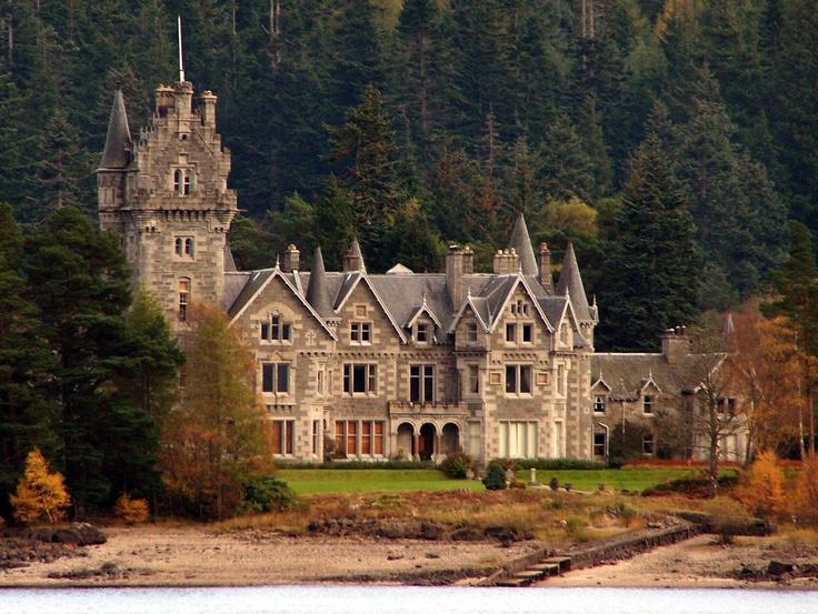 Monarch of the Glen - Glenbogle Castle (Ardverikie House in real life): Scotland Mi, Ardveriki House, England Ireland Scotland Wal, Castles House Church, Glenbogl House, Castles Houses Church, Scotland When, Things Scotland, Glenbogl Castles
