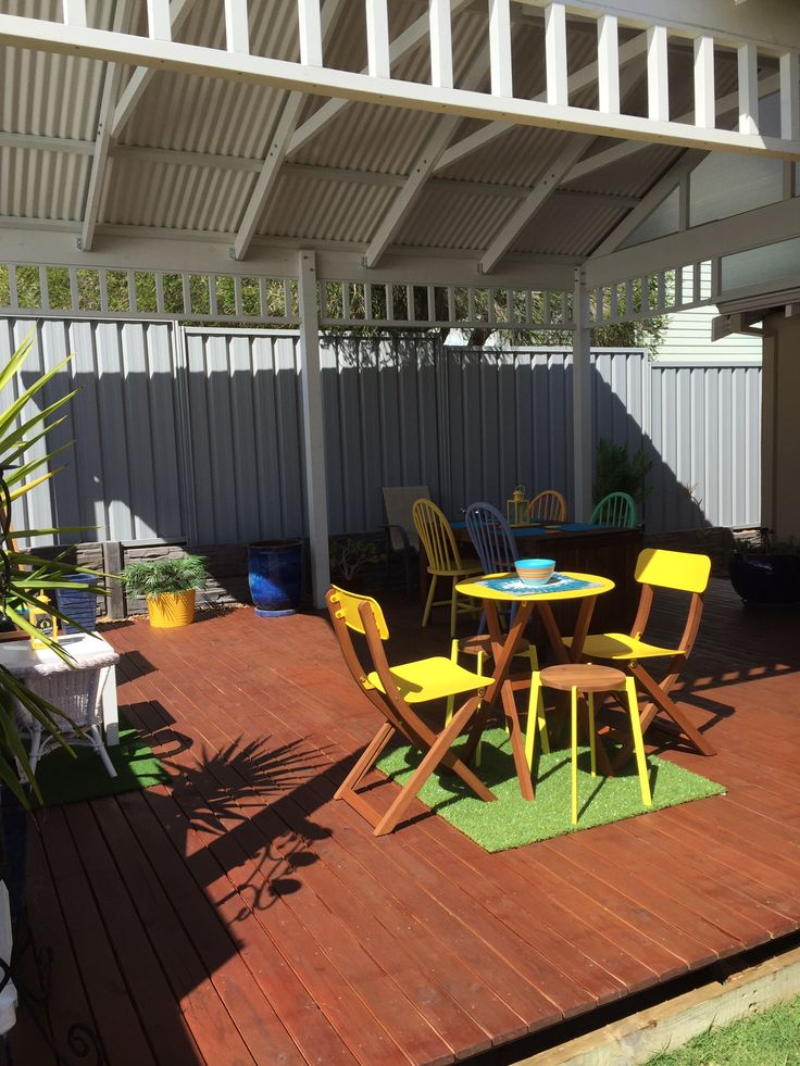 Pergola complete, furniture updated!