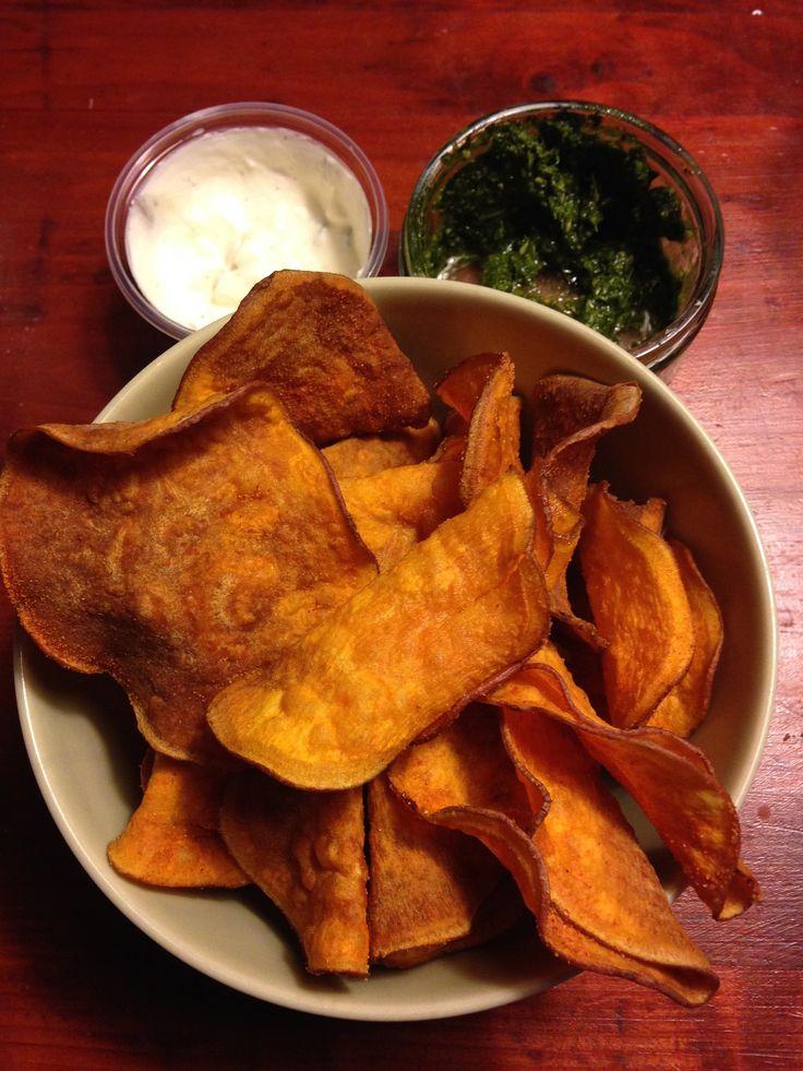Süßkartoffel-Chips mit Bacon-Guacamole #guacamole #sweetpotato #avocado
