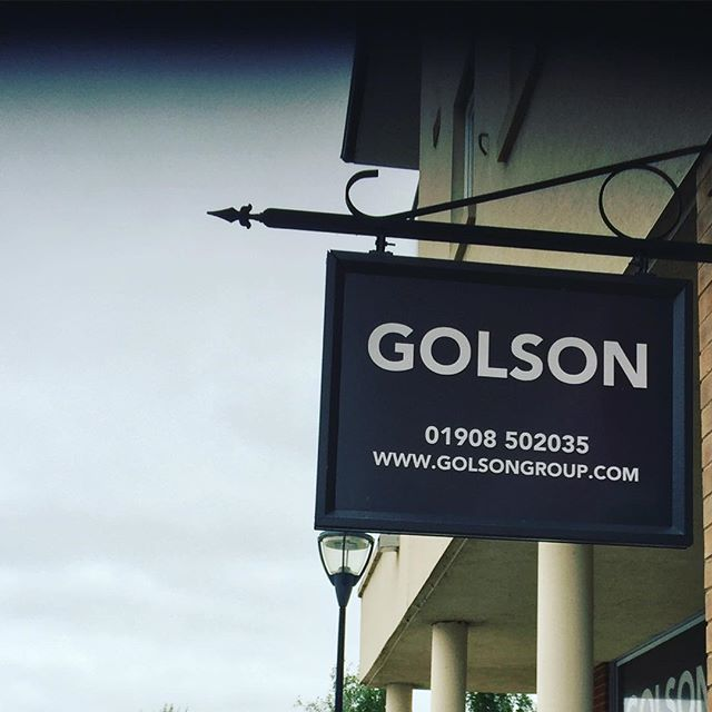 New salon sign at #oxleypark #golson