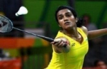 Superseries Finals: Sindhu conquers Carolina to enter semis