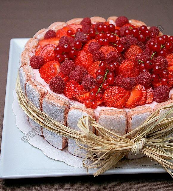 Charlotte au fraises