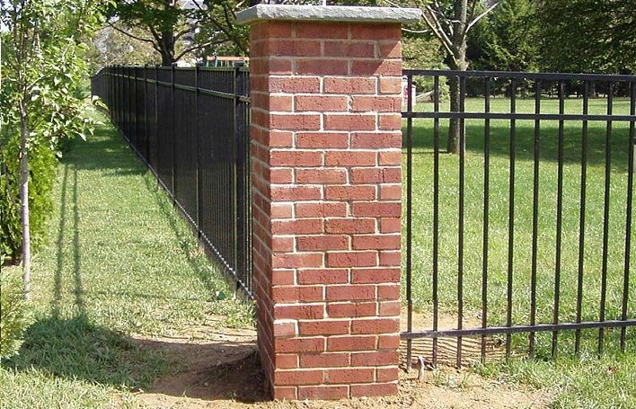 5 Brick Iron Fence Designs To Add Elegance To Your Property Brick Columns Fence Design Brick Fence