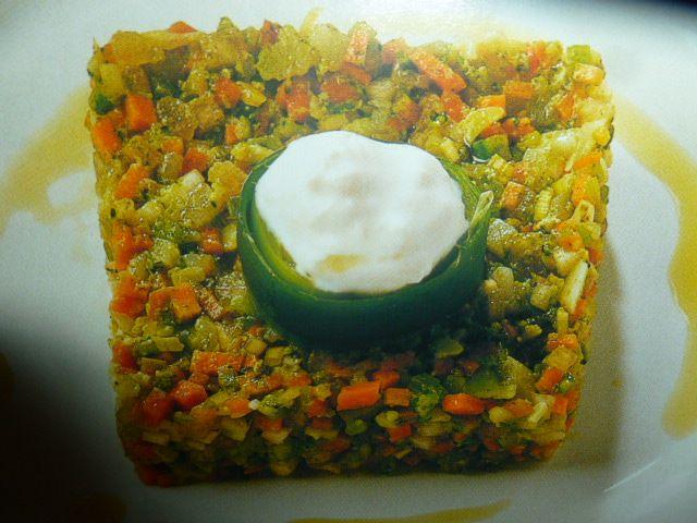 Torta salata verdure miste con burrata
