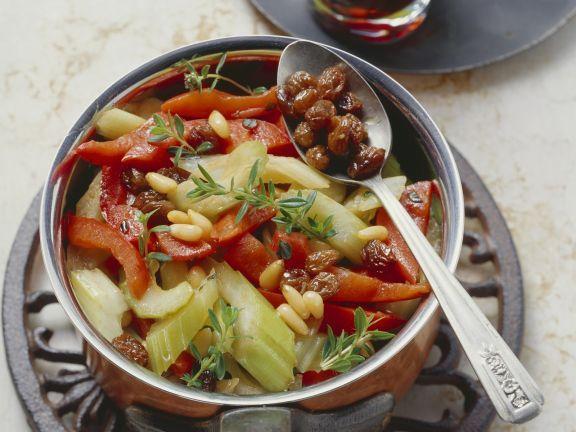 Stangensellerie-Paprika-Gemüse ist ein Rezept mit frischen Zutaten aus der Kategorie Fruchtgemüse. Probieren Sie dieses und weitere Rezepte von EAT SMARTER!
