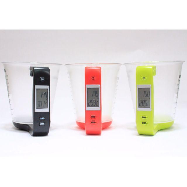 Digital Thermometer and Scale Measuring cup atau gelas pengukur digital yang dapat mengukur komposisi air, tepung, minyak, susu, gula, dll agar tepat sesuai dengan cita rasa yang diinginkan.Fungsi :-Mengukur berat secara digital (0g -- 1000g)-Untuk mengukur 5 tipe bahan : Air / Susu / Tepung / Gula / Minyak Sistem Tare, Multiple Tare Measuring-Convert Unit : G / ML / OZ / Cup / CT / IB-Mengukur Temperatur secara digital, Fahranheit dan Celcius (-40'C -- 120'C)-Digital Count down-Mengukur…