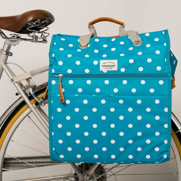 We never tire of polka dots and this blue pannier bag is so fresh. - See more at: https://www.cyclechic.co.uk/blog/2016/03/so-long-winter-bring-spring.html#sthash.MdGOpEwo.dpuf