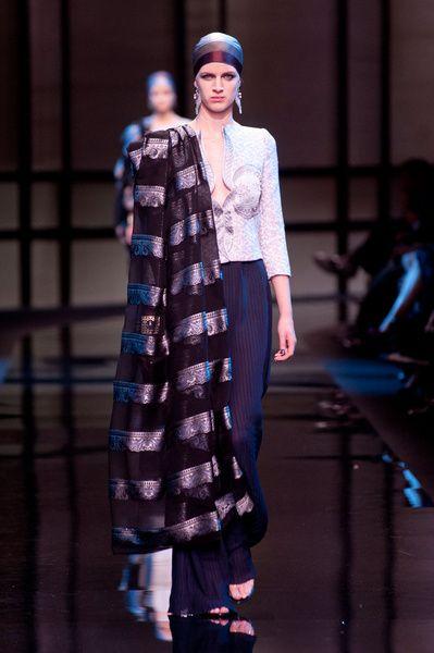 Haute Couture SS 2014 – Giorgio Armani Privé See all catwalk on: http://www.bookmoda.com/sfilate/haute-couture-ss-2014-giorgio-armani-prive/#imgID-69932 #hautecouture #spring #summer #catwalk #womansfashion #woman #fashion #style #look #collection #SS2014 #giorgioarmaniprive @Giorgio Armani