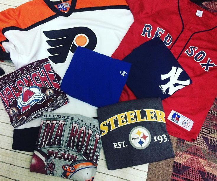 Jadi la sikit2hobi isi masa lapang. Hasil hari ni tema sukan!  Philadelphia Flyers & NY Big Logo NFS Lain2 up for sale petang2 sikit kalau ade masa abg upload. kalau x esok la jawabnyeee... #mlb #mlbjersey #ny #bostonredsox #garciaparra #russellathletic #genuinemerchandise #nfl #nflsteelers #nhl #philadelphiaflyers #coloradoavalanche #championtee #championmalaysia #kakibundle #kakibundlemalaysia #bundlemalaya #bundlemalaysia