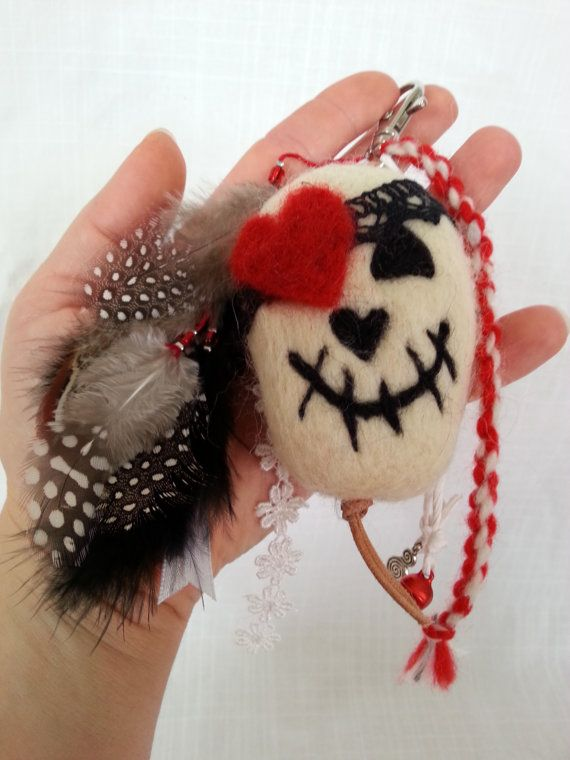 Lucky Pirate Skull Charm Skull Keychain needle by EvelinesGarden
