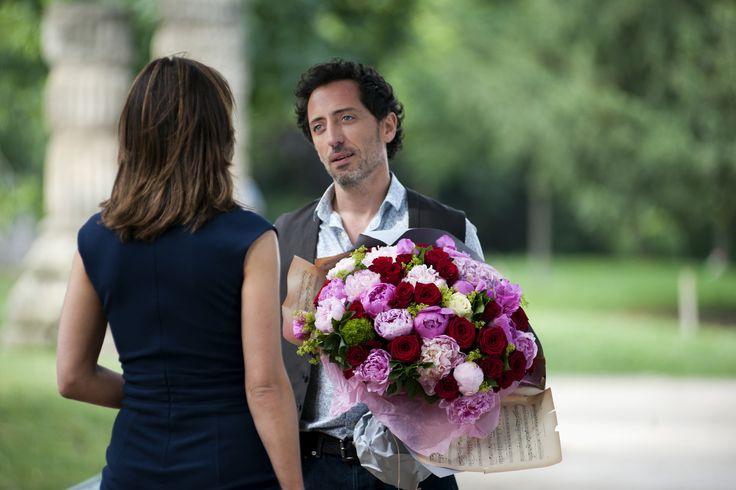 Un Bonheur n'arrive jamais seul, film sorti en 2011 avec Gad Elmaleh et Sophie Marceau. Le Parc Monceau a servi de décors à cette comédie romantique.
