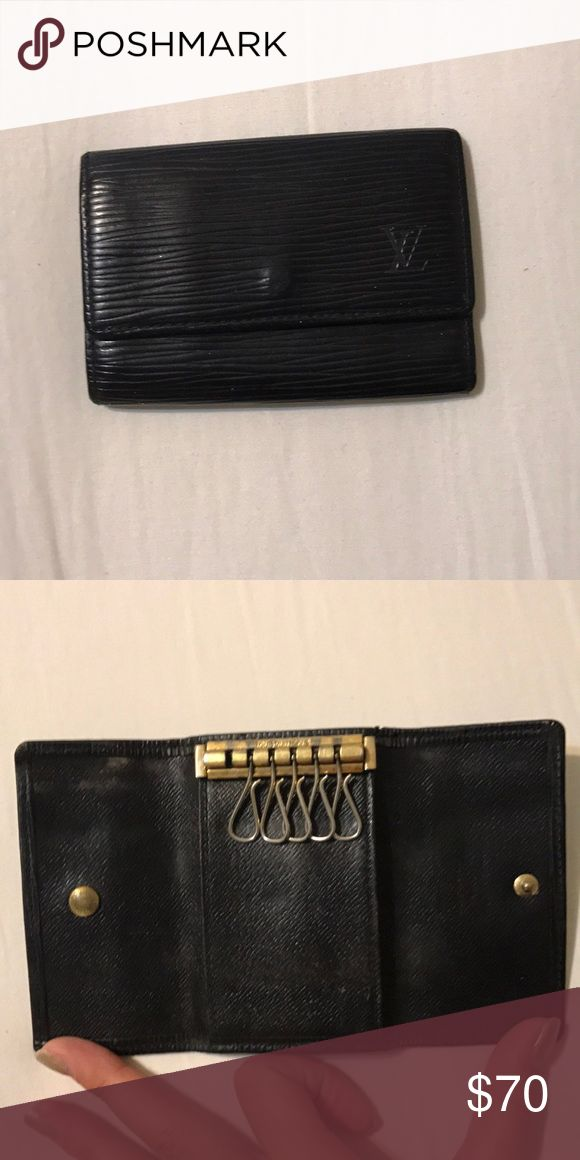 LV KEY/CARD HOLDER Good condition. 5 key holders. Lost one of them. Middle has card holder. A little peeling on the inside of card holder. No trades. A little old on the metal parts. Louis Vuitton Accessories Key & Card Holders