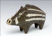 Keramiikkaveistos A ceramic sculpture by Taisto Kaasinen