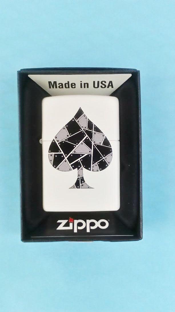 είδη καπνιστού θήκες καπνού και συλλεκτικοί αναπτήρες zippo στο http://amalfiaccessories.gr/tobbaco/