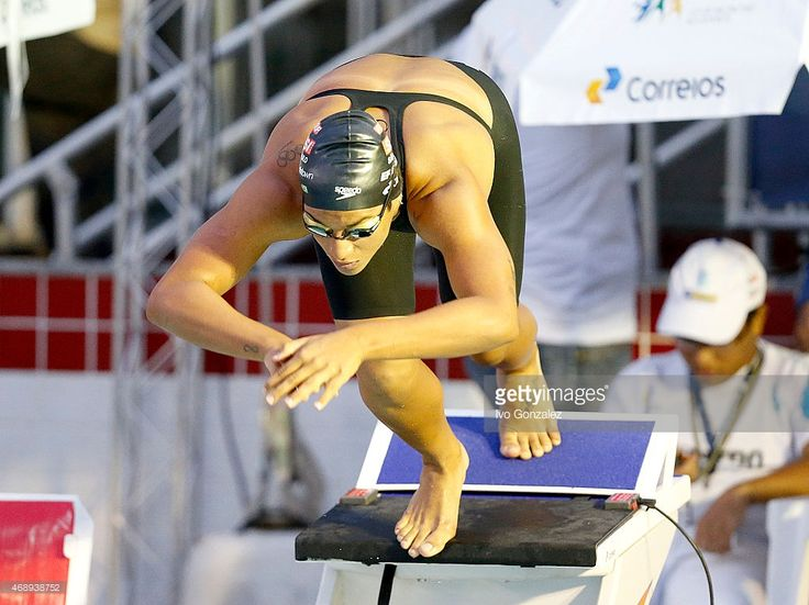 Ana Marcela Cunha competes in the Women's 800m freestyle heats on day... Fotografia de notícias   Getty Images