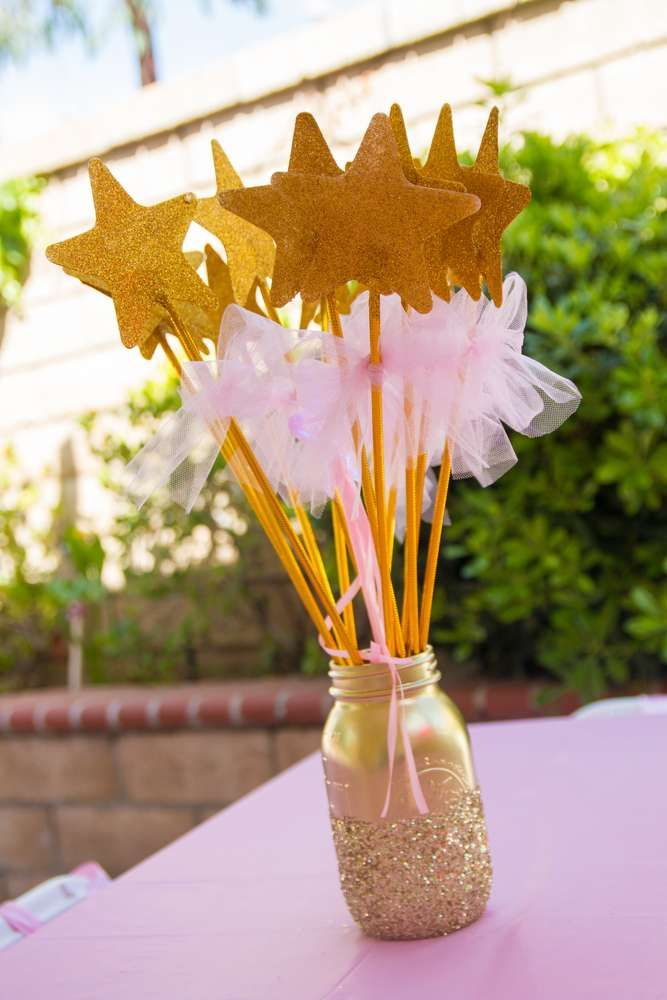 Aubrey's Pink and Gold 1st Birthday | CatchMyParty.com
