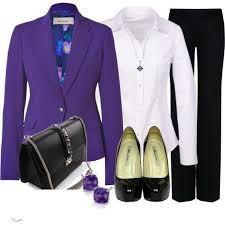 combinacion de ropa color lila