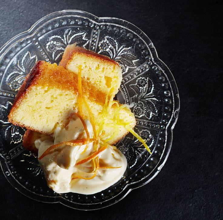 Ateljé Finnen sitruunakakun salaisuus on makuliemi, joka antaa kuivakakulle uuden elämän.