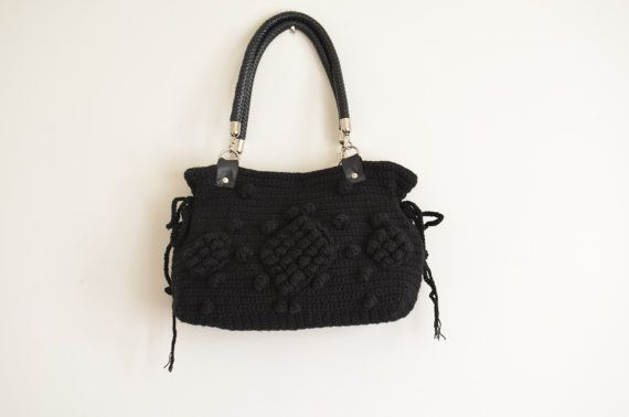 Crochet Bag // Fall fashion-Gifting wonderland-Handmade by hibbe