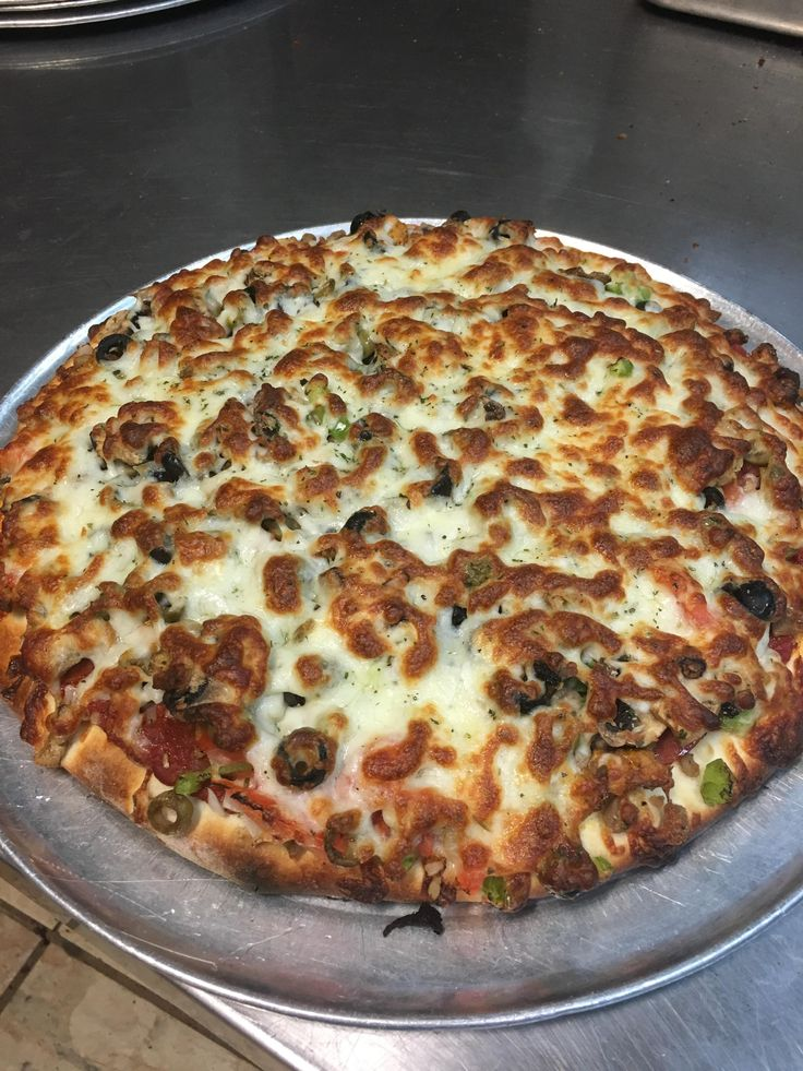 The Big Wick from Wick's Pizza (New Albany Indiana) #pizza #food #foodporn #yummy #love #dinner #salsa #recipe