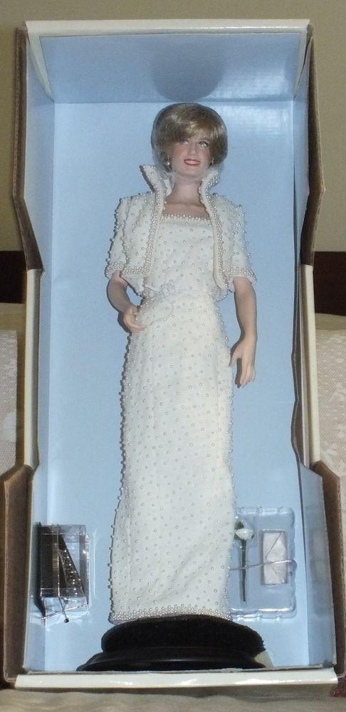 26 best Princess Diana images on Pinterest | Princess diana, Bazaars ...