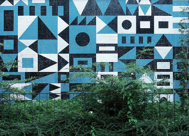 Geometric mosaic tile mural in Berlin-Lichtenberg