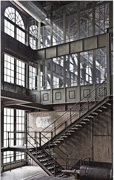 Best 25 factory design ideas on pinterest old factory for Best industrial design companies