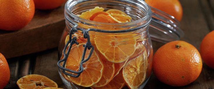 Tørket frukt og bær er ypperlig til kveldskosen og en god erstatning for vanlig snacks og godteri. Tørkede hele bær kan også f.eks. brukes i bakverk som et alternativ til rosiner og sukat.