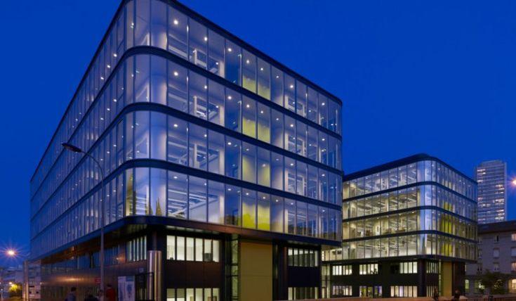 L'Institut du Cerveau et de la Moelle Épinière, installé dans l'enceinte de l'Hôpital Pitié Salpêtrière, paris.