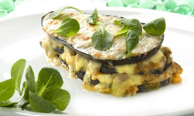 Lasaña de berenjenas con cordero   Alternativa a la pasta y está excelente !!