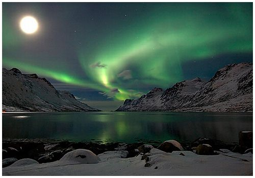 aurora by well_lucio, via Flickr  from whereisthecool.com: Photos, Lapland Finland, Bucketlist, Buckets Lists, Favorite Places, Northern Lights, Aurora Borealis, Earth, The Moon