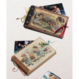 Ofera-i sansa sa-si pastreze amintirile dragi intr-un album foto, in stil vintage, un cadou potrivit pentru mama