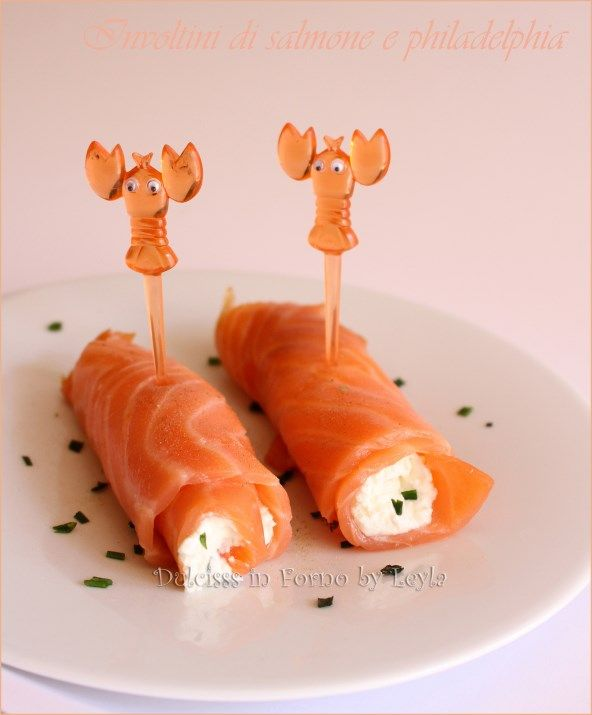 Involtini di salmone e philadelphia, versione antipasto e finger food