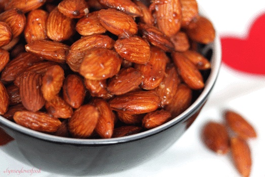 spicy honey roasted almonds | mama cooks | Pinterest