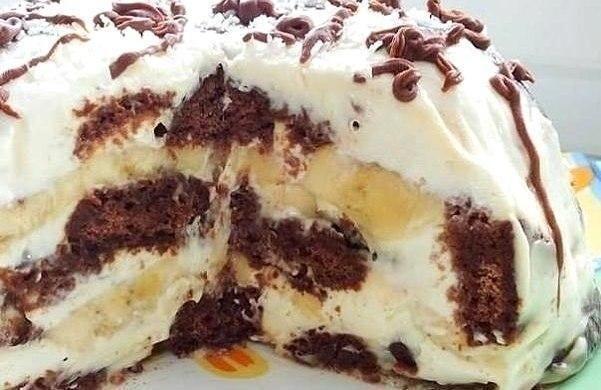 Perníkovo banánová torta