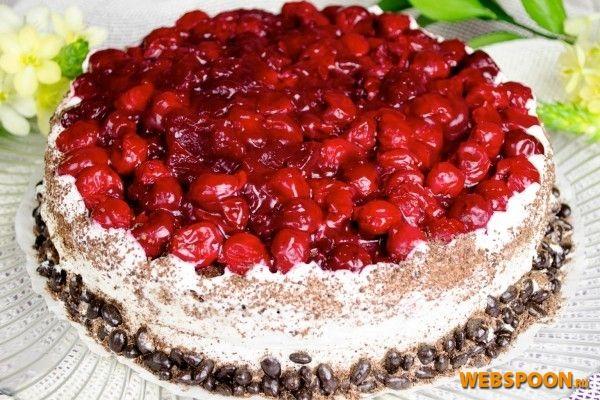 Шоколадный торт с вишней | Рецепт шоколадного торта с вишней с фото